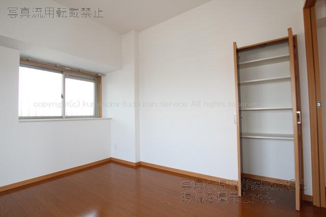 物件番号: 1025103248 パルデンスエコノ7  日田市中央2丁目 4LDK マンション 画像13